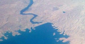 The Mosul, formerly Saddam, Dam north west of Mosul